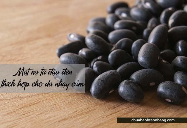 Chăm sóc da khô mùa đông với đậu đen