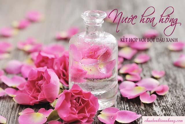 trị tàn nhang bằng đậu xanh và nước hoa hồng