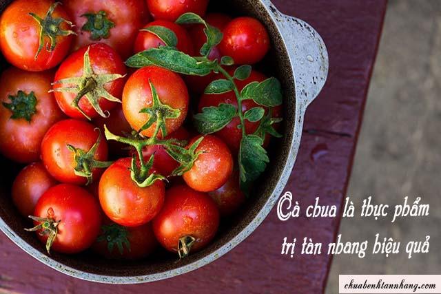cà chua là thực phẩm trị tàn nhang