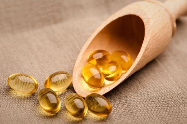 tac-dung-cua-vitamin-e-trong-viec-cham-soc-da-mat-1