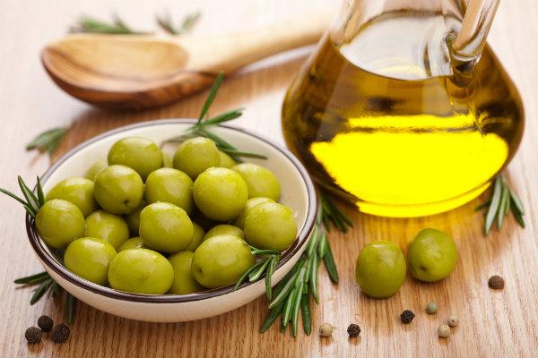 mua-dau-olive-loai-nao-tot-1