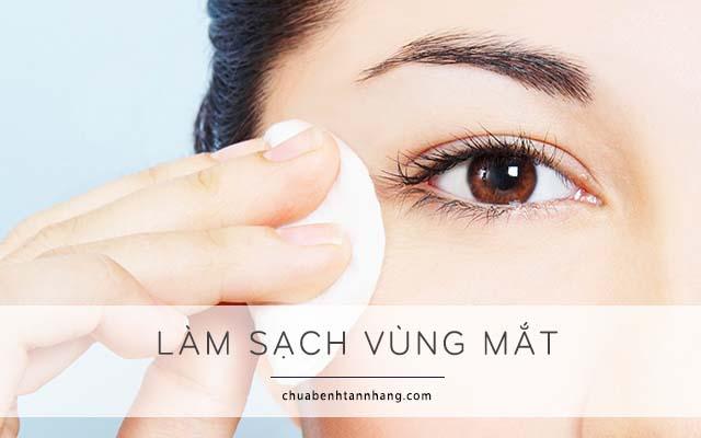 xóa nếp nhăn vùng mắt bằng cách làm sạch