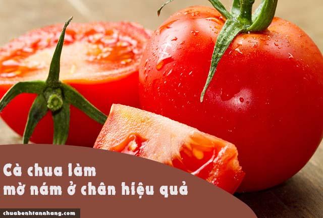 loại bỏ nám ở chân bằng cà chua và yến mạch