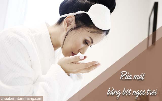 trị nám da bằng cách dùng bột ngọc trai thay thế sữa rửa mặt