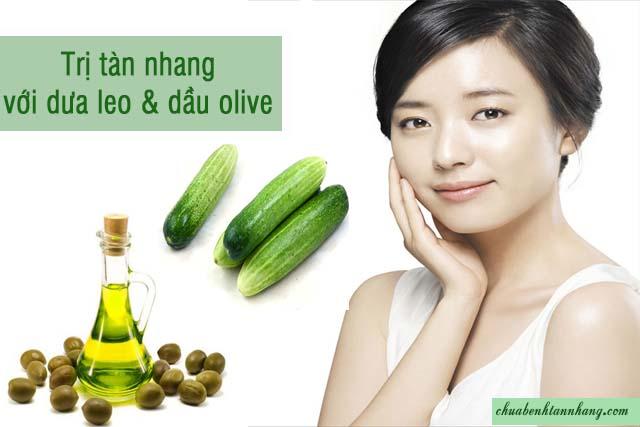 trị tàn nhang bằng dưa chuột và dầu olive