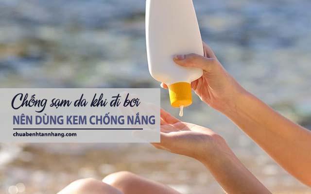 dùng kem chống nắng để chống sạm da khi đi bơi