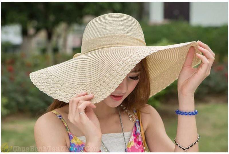 tránh tiếp xúc với ánh nắng mặt trời