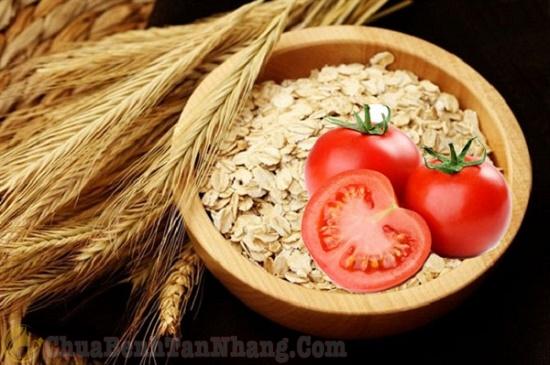 Mặt nạ cà chua và bột lúa mạch trị tàn nhang
