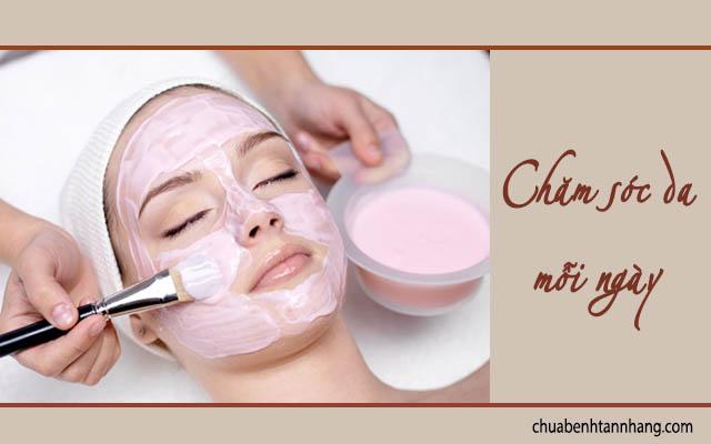 chăm sóc da mỗi ngày là cách phòng nám da sau sinh