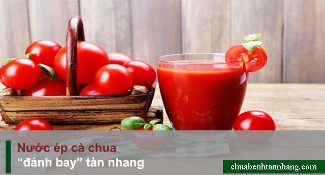 Đánh bay tàn nhang bằng nước ép cà chua